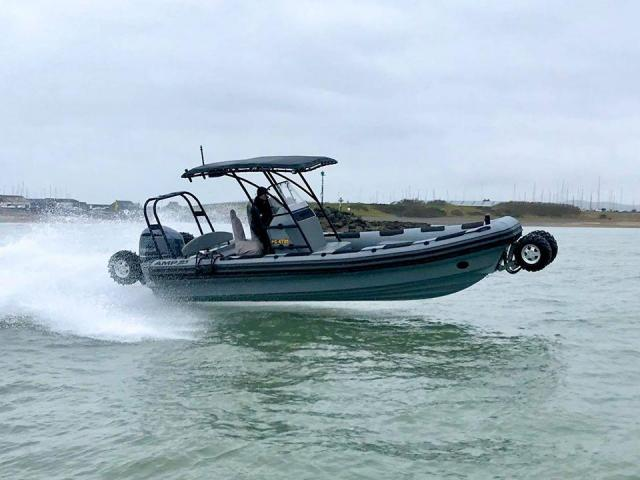 ASIS Amphibious 8.4m with Mercury Verado 250 - 4/10